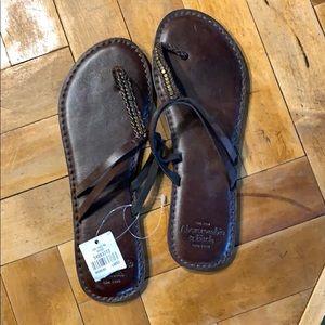 NWT A&F women's sandals